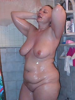 Chubby Shower Pics