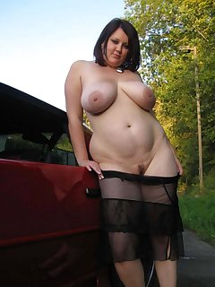 Chubby Outdoor Pics