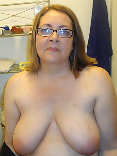 Chubby Housewife Pics
