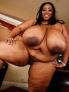 Chubby Ebony Pics
